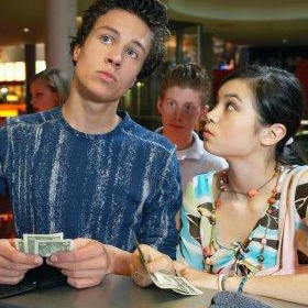 Who should pay for a first date?